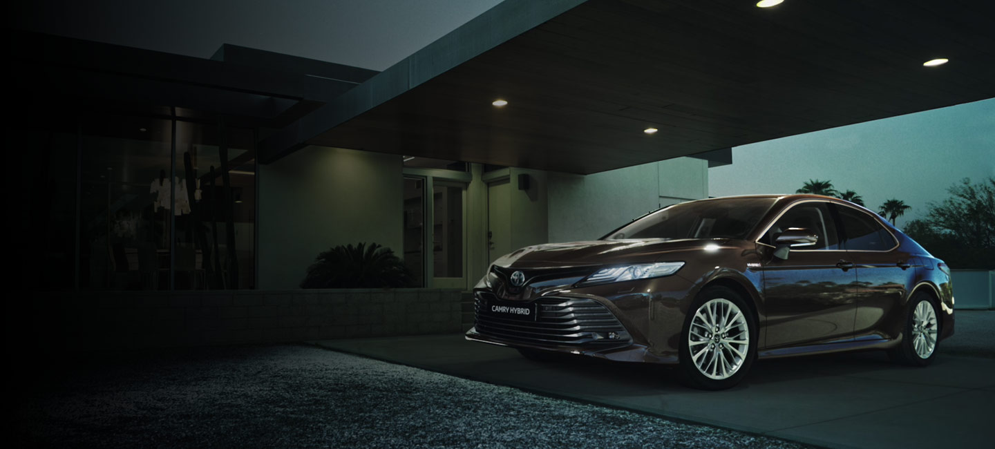 toyota_camry_2019_video_poster_tcm_3046_1592534_01