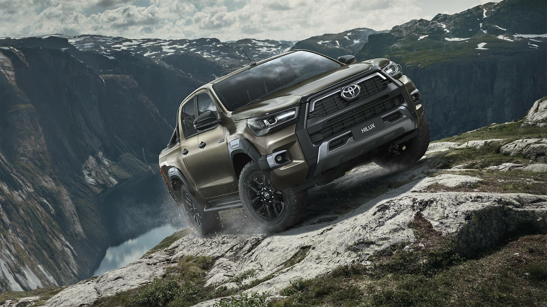 toyota_hilux_2020_gallery_01_full_tcm_3046_2017440_01