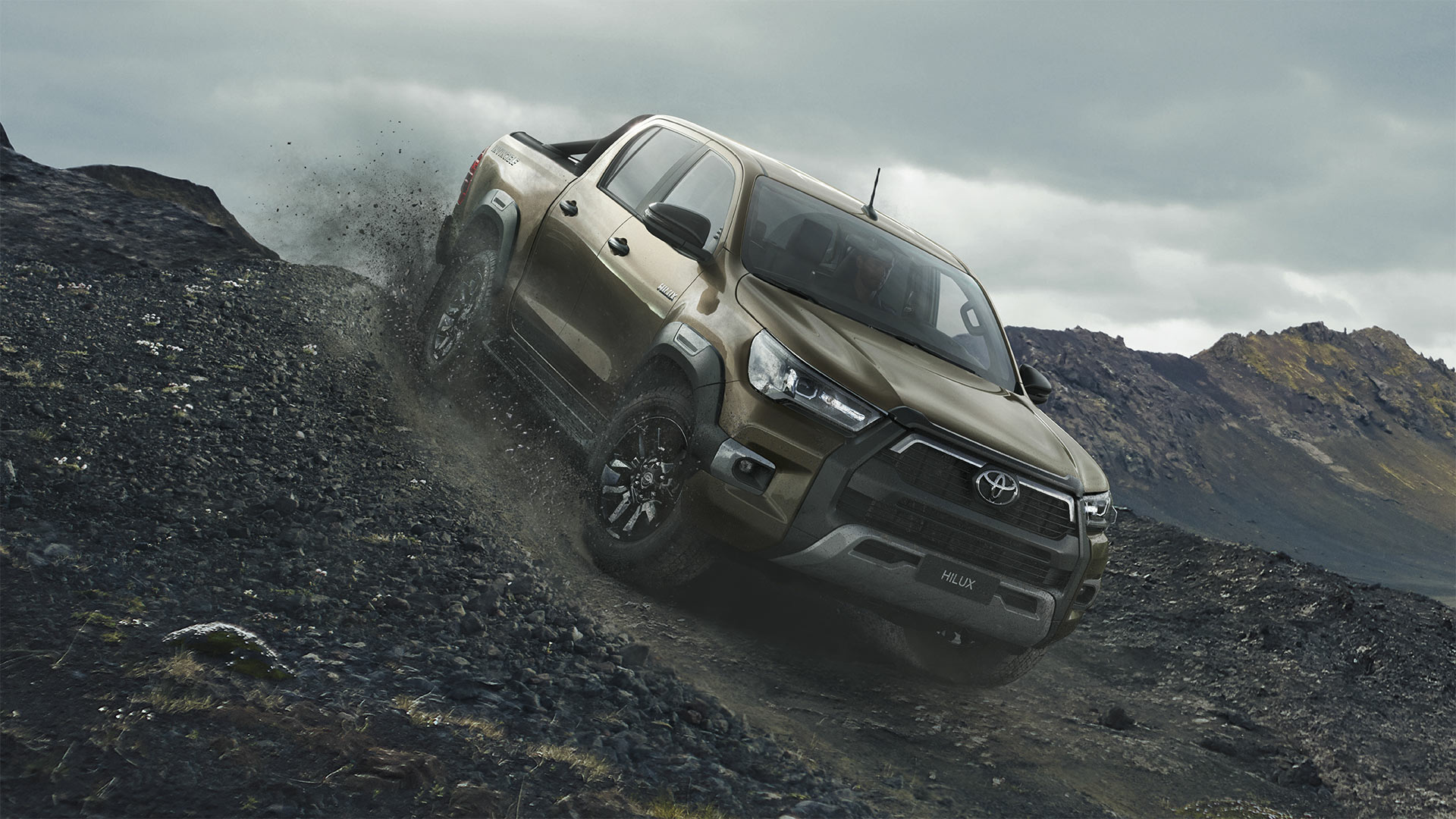 toyota_hilux_2020_gallery_02_full_tcm_3046_2017443_01